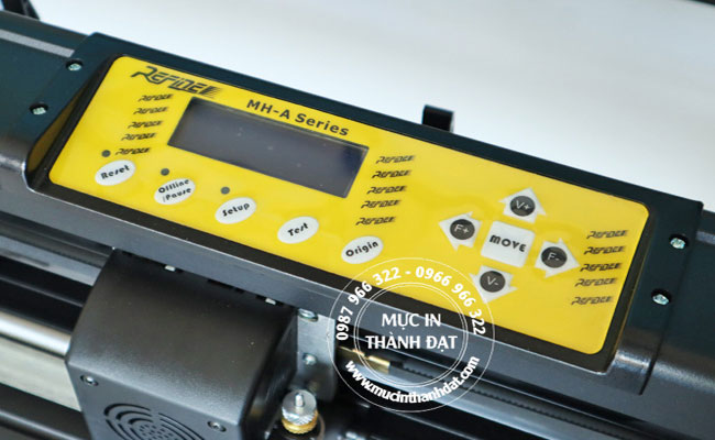 Bảng điều khiển máy cắt bế decal Refine AC 721