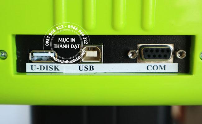 Máy cắt bế decal Refine AC721 có thể kết nối tiện lợi